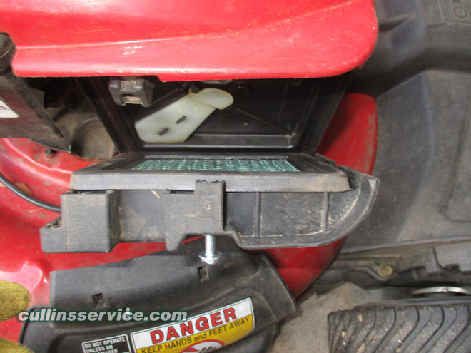 Winterize / Store Lawn Mower Pull out air filter Cullins Service