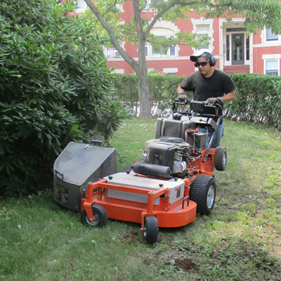 Cullins Service Landscaping dave mowing