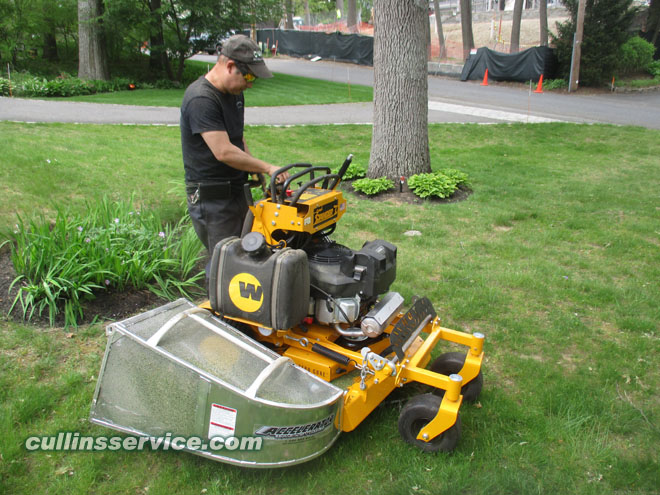 cullins service landscaping The Stander Intensity 36 inch stand on mower by Wright