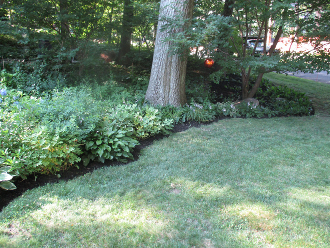 Cullins Service Landscape Edging and Mulching Wellesley Property pt 1